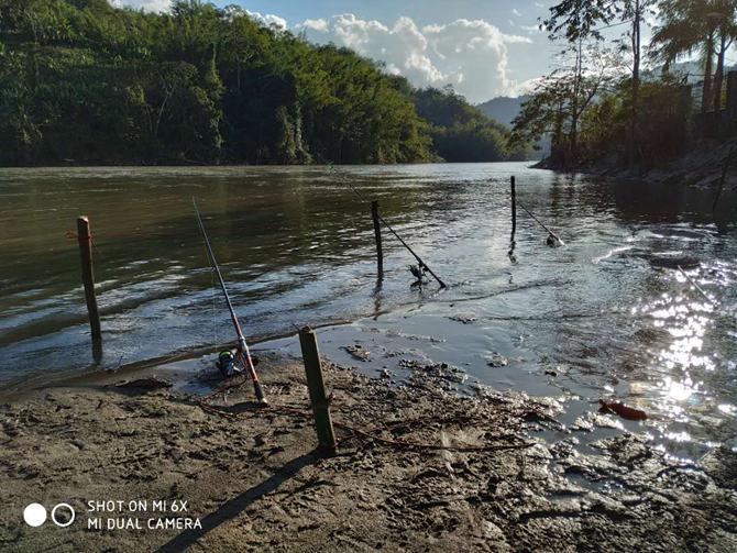 洪崩河钓鱼